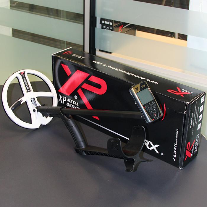 Металлоискатель XP ORX в комплектации с блоком управления и катушкой HF 22 см. Фотография всей комплектации