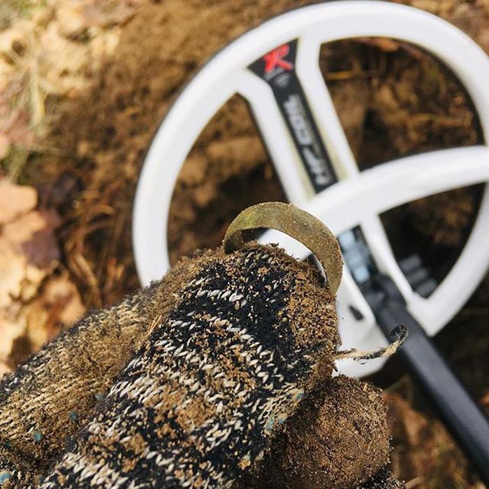 Металлоискатель XP ORX и находка старого серебряного кольца